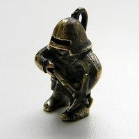 """Кулон-статуэтка """"Арбалетчик"""" купить статуэтки фигурки из бронзы украина"""