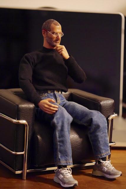 Steve Jobs figure - Legend Toys