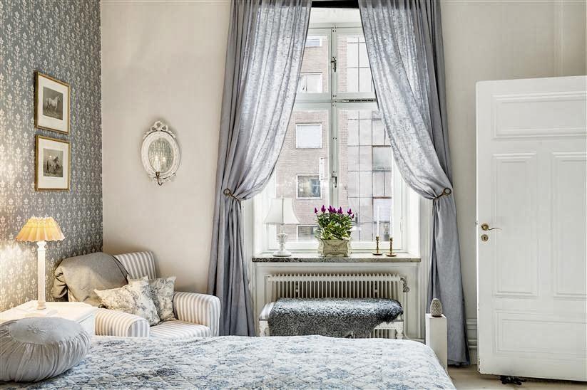 d coratrice d 39 int rieur bordeaux de styles en d coration int rieure shabby chic et style. Black Bedroom Furniture Sets. Home Design Ideas