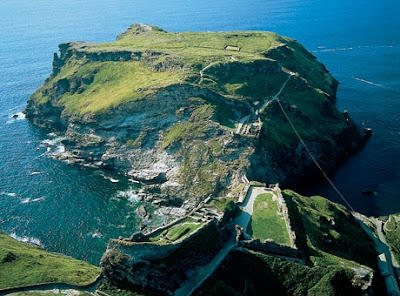 Tintagel castle and island