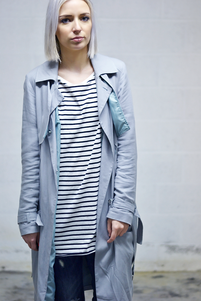 Fashion blogger from belgium, trench coat trend, asos, mac, duster coat, grey coat, striped dress, zara, grey hair, white hair