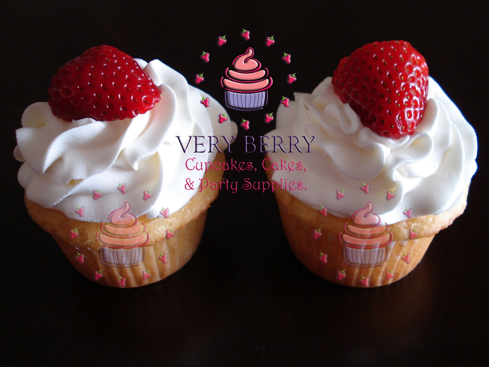 Vanilla Cupcakes With Strawberry Filling