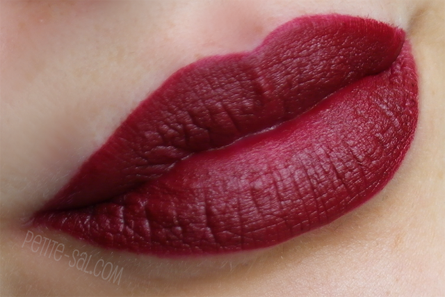 swatch mac diva lipstick on lips
