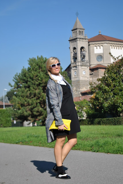 outfit bianco e nero come abbinare il bianco e nero abbinamenti bianco e nero outfit autunnali outfit novembre 2015 mariafelicia magno fashion blogger colorblock by felym fashion blog italiani fashion blogger bionde fashion blogger milano blog di moda blogger italiane how to wear black and white how to combine black and white fall outfit cookbook street style