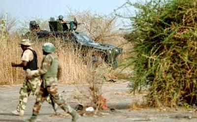 http://1.bp.blogspot.com/-RsFdKxfI_xU/U3zt1CNzwaI/AAAAAAAA-fs/3hSccbdRpSM/s1600/NIGERIA+Soldiers+1.jpg