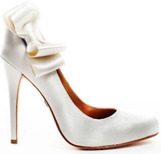 تشكيله رائعه من احذية زفاف عروس 2014