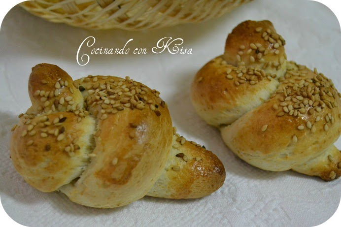Cocinando con kisa nudos de pan expres sin levados ni for Pane con kitchenaid