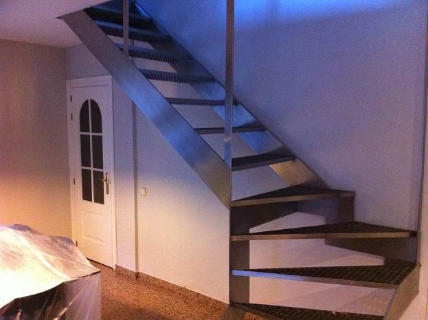Francar s a c escaleras en acero inoxidable - Escaleras de acero ...
