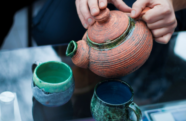 clay cettle, ceramic kettle