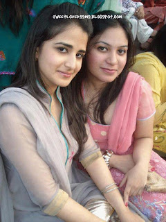 Pakistani Girls Photos