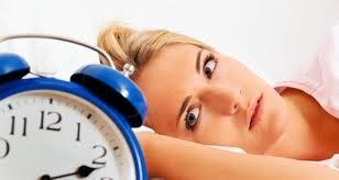 5 Kebiasaan Tidur Yang Berbahaya