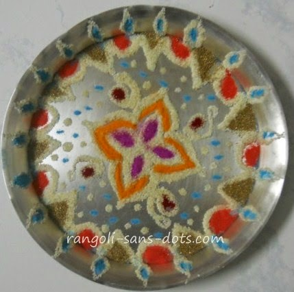 Plate art decoration ideas thermocol paper plate for Aarti thali decoration pictures navratri