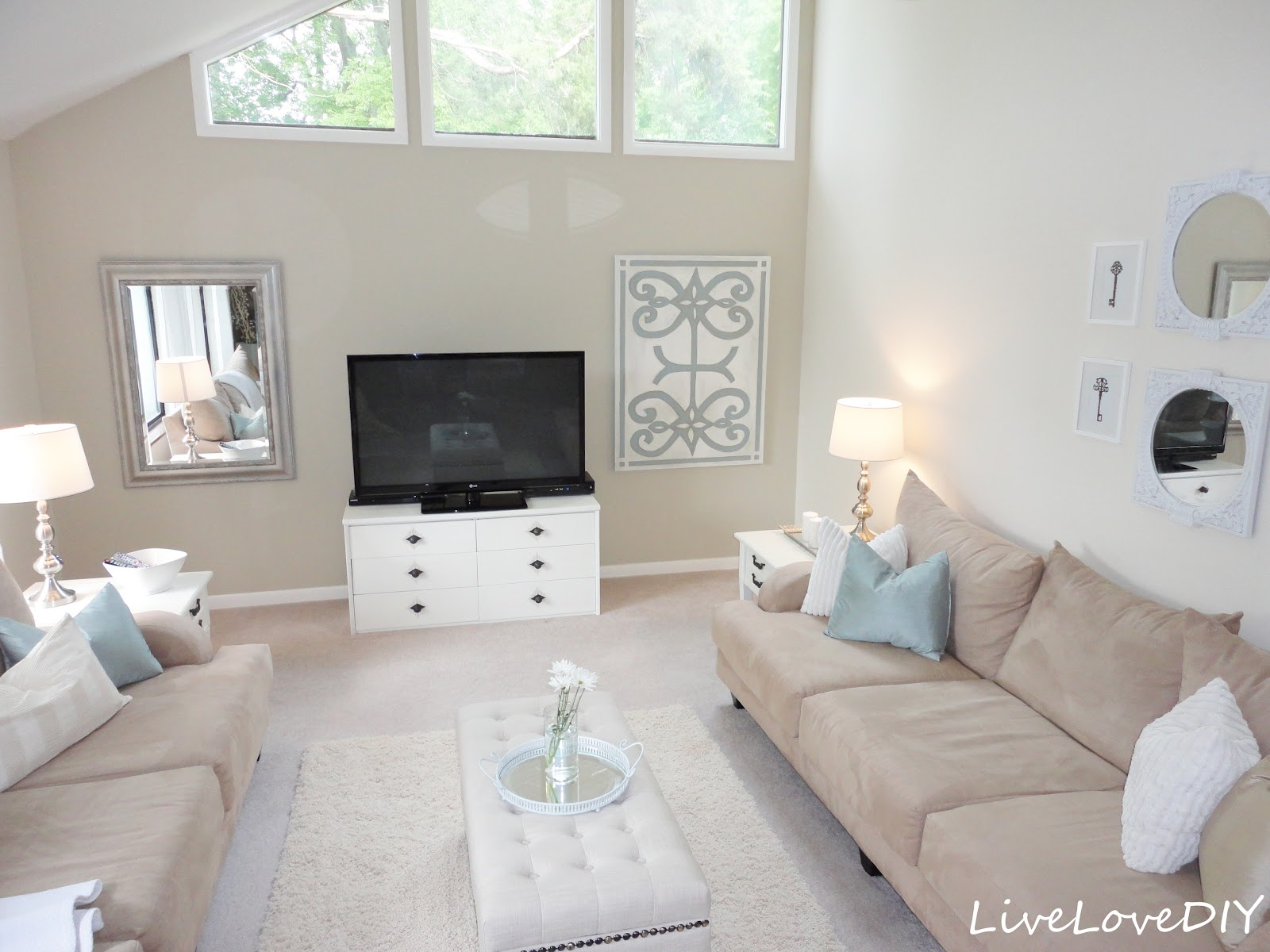 LiveLoveDIY: Living Room Reveal & DIY Wall Art