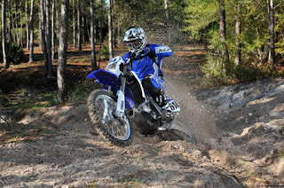 Dirt Bikes - Yamaha WR450F Off Road Motorcycle Review