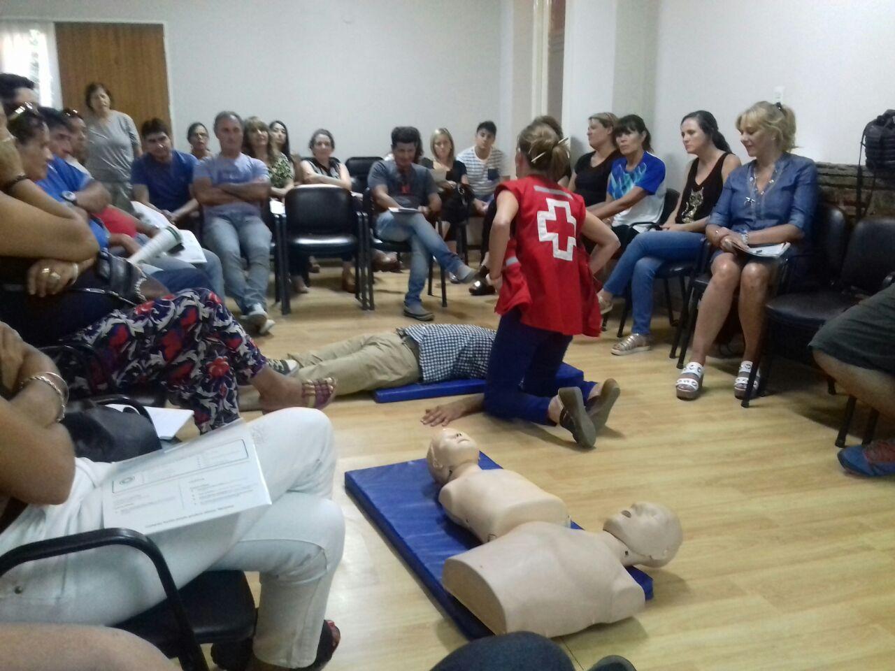 La Cruz Roja Filial San Juan nos capacitó en Respiración Cardio Pulmonar