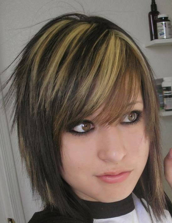 short emo girl hairstyles » Cute Short Blonde Blunt Emo  for Teenage Girls in