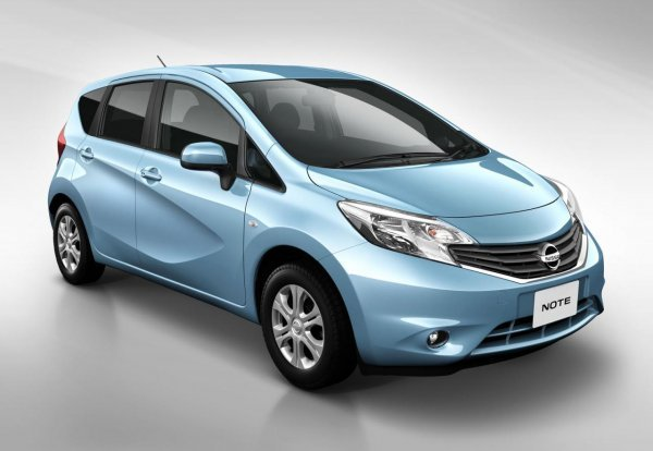 honda jazz yeni nissan note. Black Bedroom Furniture Sets. Home Design Ideas
