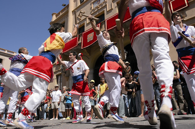 Ball de bastons en la Festa Major de Sitges