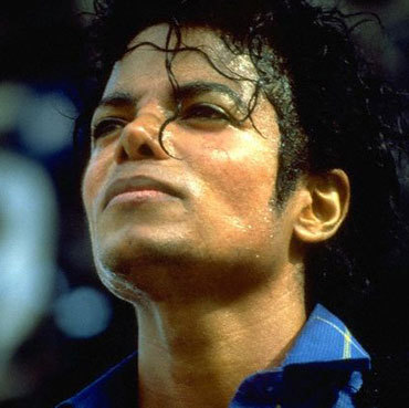 http://1.bp.blogspot.com/-RtNObg_B91g/TgXoxHCF4bI/AAAAAAAAN7U/iFSlV9JP8gc/s1600/Michael%2BJackson.jpg