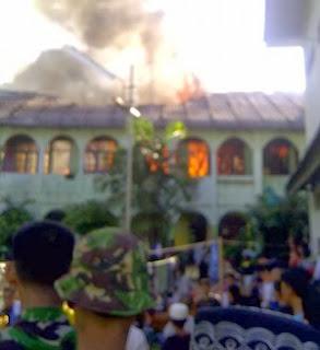 Foto kebakaran pesantren IMMIM Putra Makassar