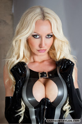 Hot Blonde Saffron Taylor Sexy Latex Model