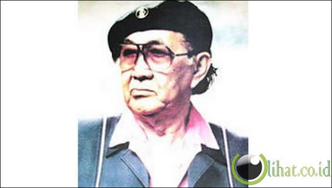BASUKI ABDULLAH ( Surakarta 1915 – 1993 )
