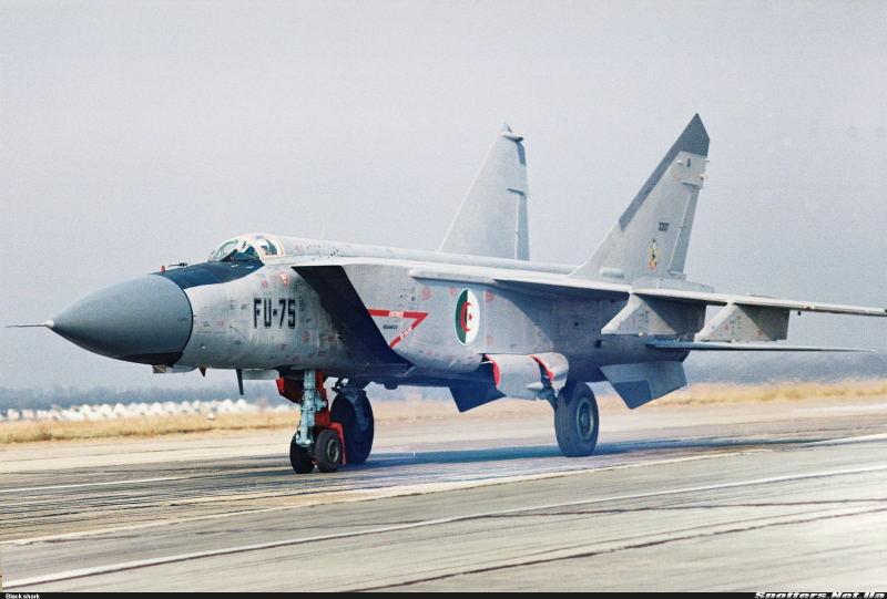 Fuerzas Armadas de Argelia MIG-25PD