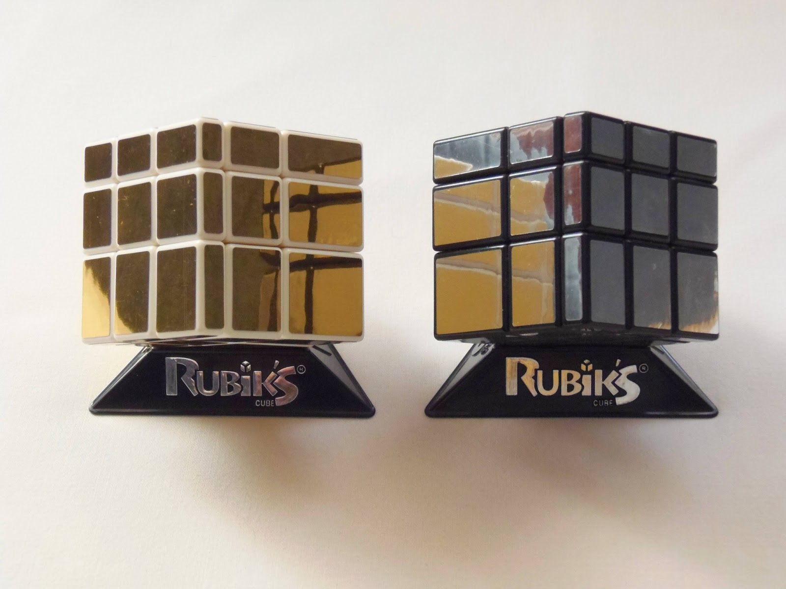 Gabriel fernandes 39 puzzle collection rubik 39 s mirror blocks for Mirror rubik s cube