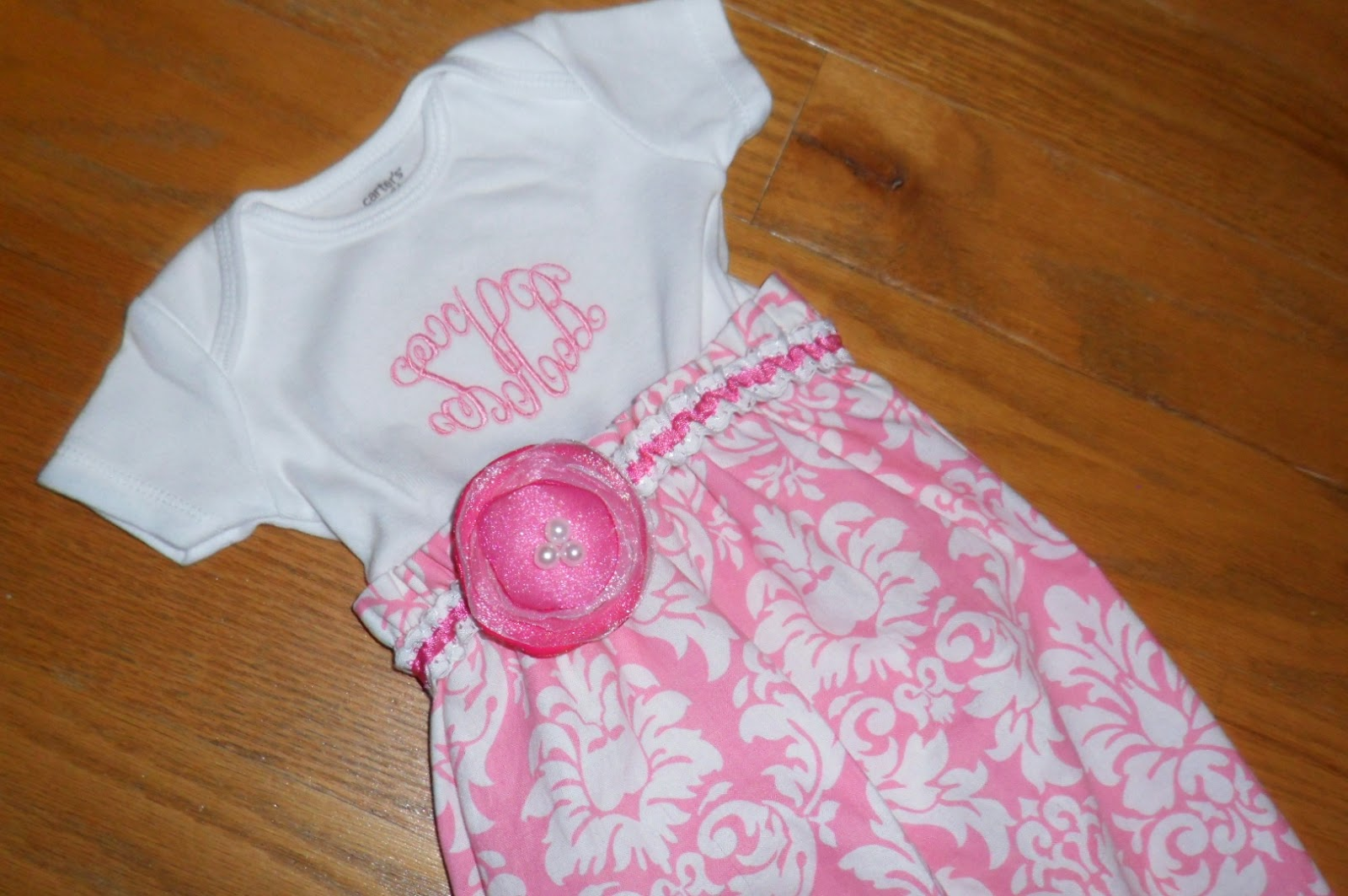 daniKate designs: Baby Gown