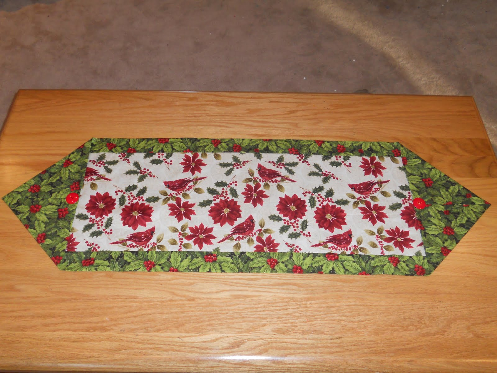 Tales of a needle and thread the 10 minute table runner for 10 min table runner