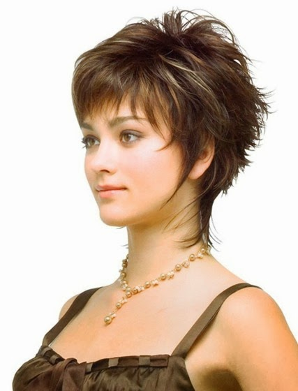 Look Sexy With Short Hairstyles For Women