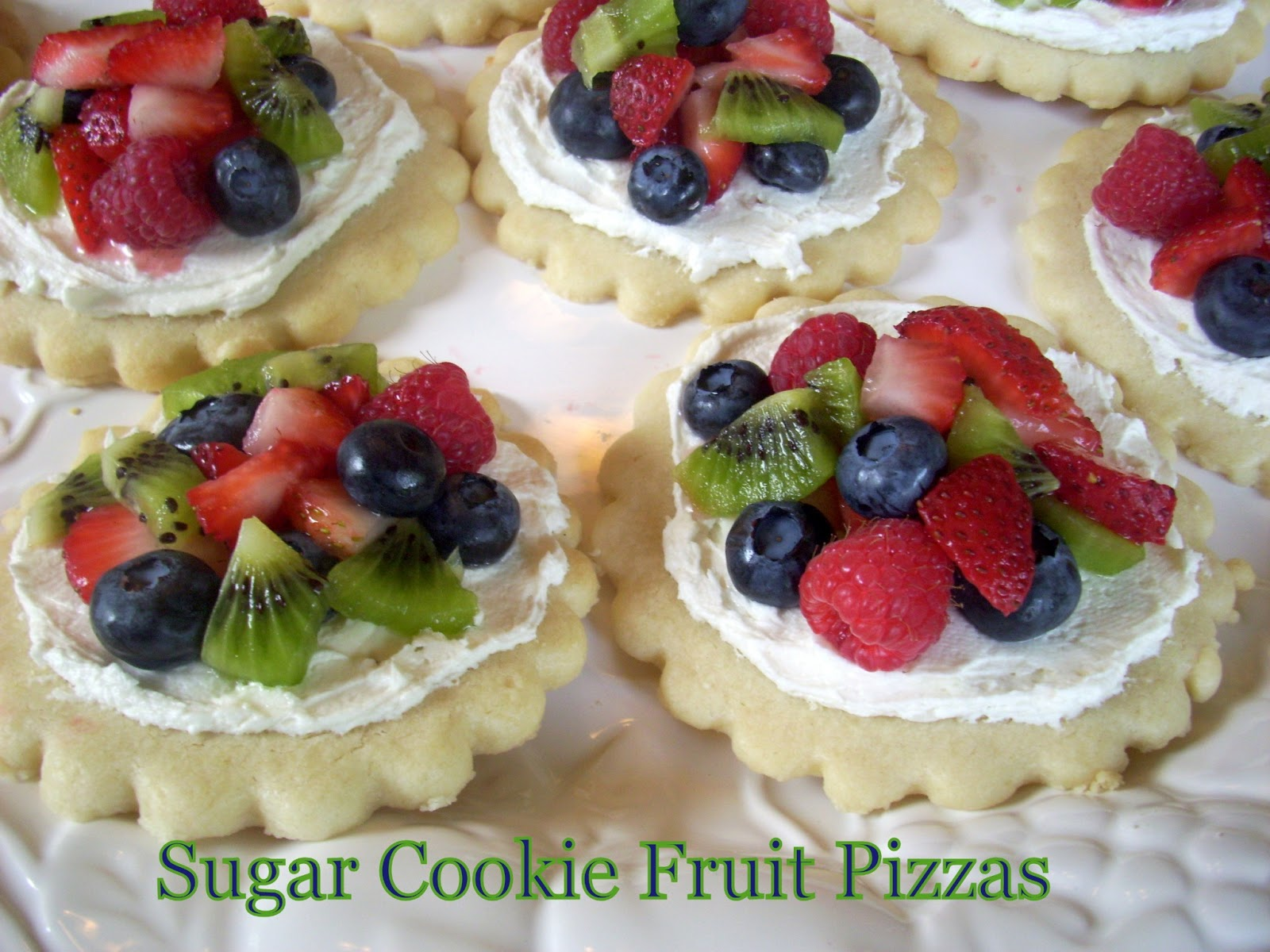 Flavors by Four: Sugar Cookie Fruit Pizzas