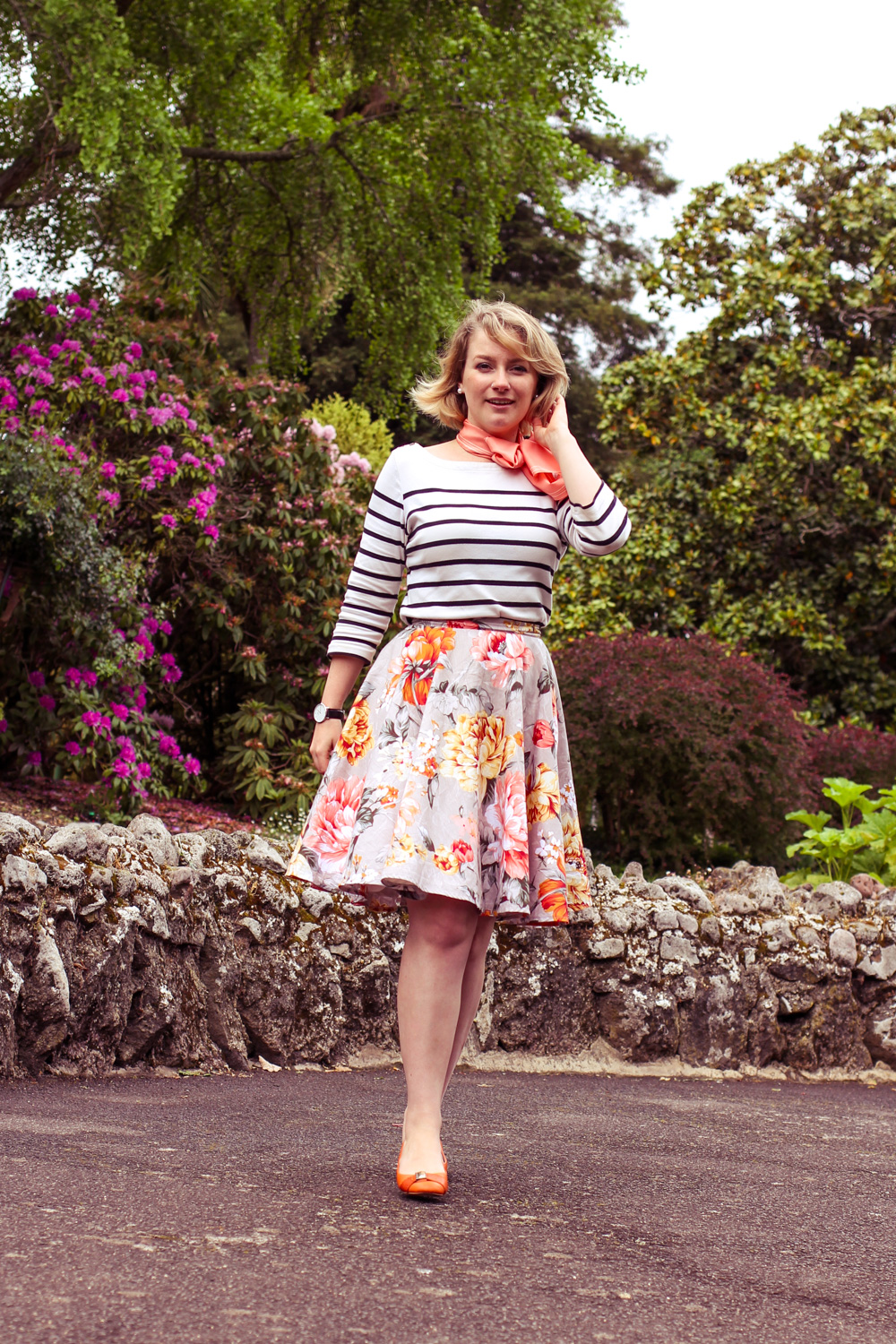 @findingfemme wears stripes with floral etsy skirt.