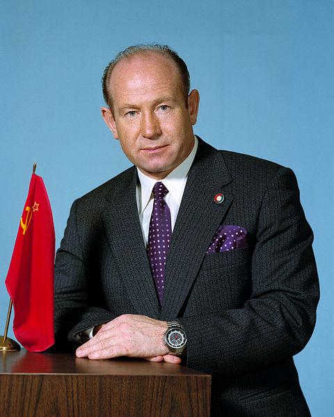 Alexei Leonov, el hombre que dio el primer paseo espacial  Leonov+cosmonauta+urss