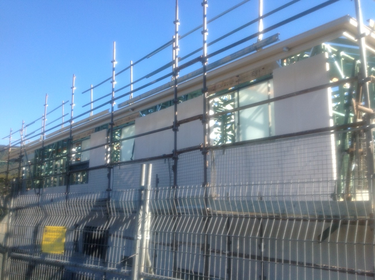 V Amp V S Metricon Phoenix Brooksreach Horsley Windows