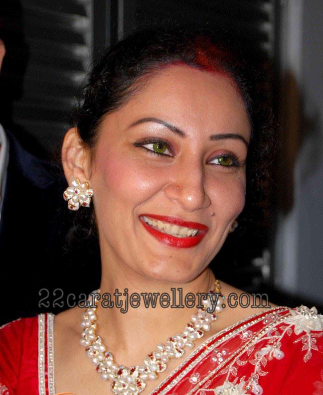 Manyata Dutt in Designer Fashion Necklace - Jewellery Designs