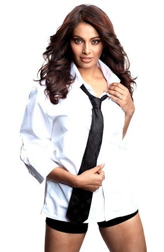 Bipasha Basu Bollywood Actress Photo Shoot