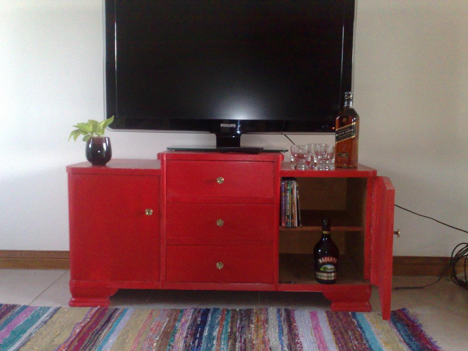 Muebles patinados rojo 20170829082211 for Muebles pintados a mano