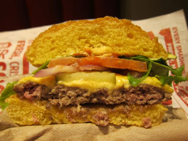 Review: Smashburger - Classic Smash Burger | Brand Eating