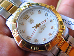 TAG HEUER AQUARACER 300M WHITE MOTHER OF PEARL(MOP) DIAL-DIAMOND INDEX-TWO TONE GOLD SS-LADY WATCH