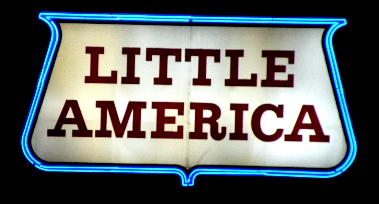little america Little america bezeichnet little america (antarktis), eine ehemalige reihe von forschungsbasen in der antarktis little america (illinois), ein ort im us-bundesstaat.