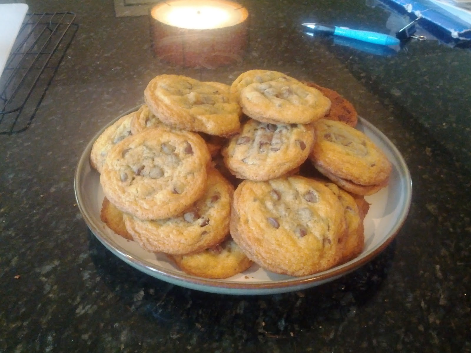 Crafts, Cakes, and Cats: Chocolate Chip Cookies with rolo centers