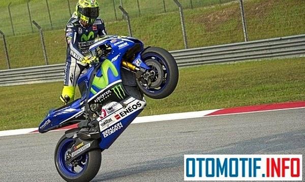 MotoGp 2015 Cercuit Losail Qatar Jadi Milik Valentino Rossi Jadi Pemenang