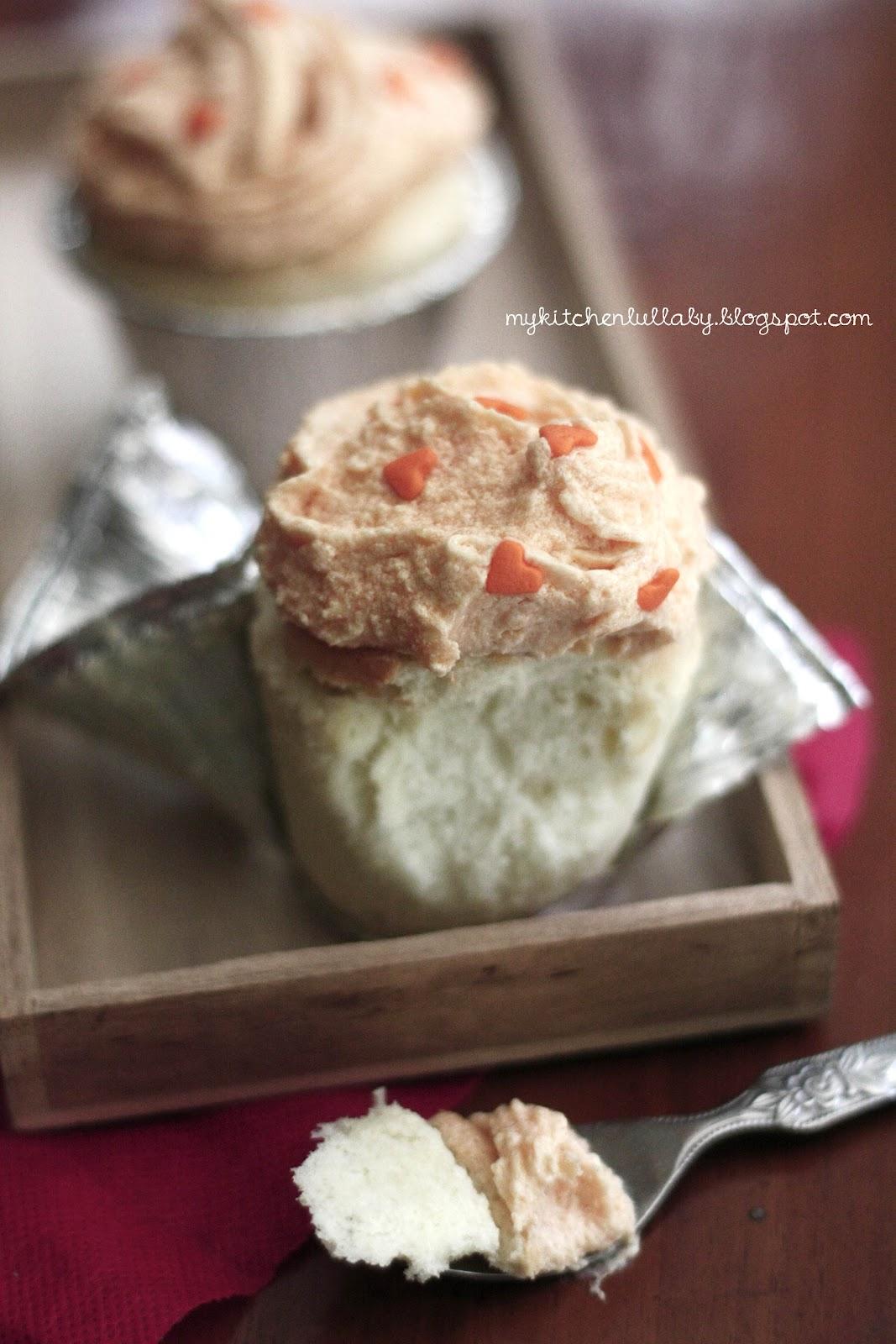 Angel Food Cake Dari