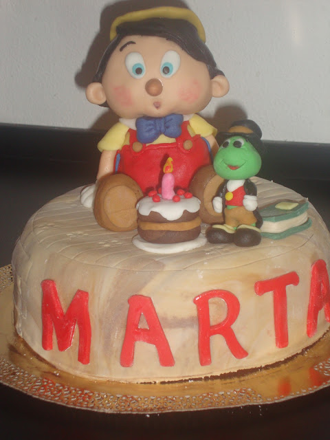 Pinocchio and Talking Cricket cake