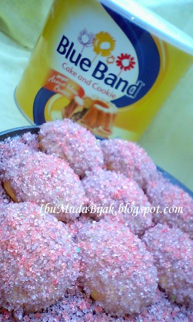 Kue Putri Salju Ungu Blue Band Cake & Cookies