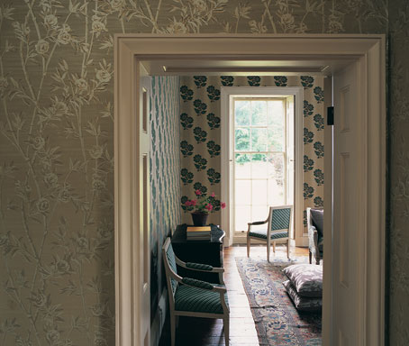 interiorismo y decoración con papel pintado