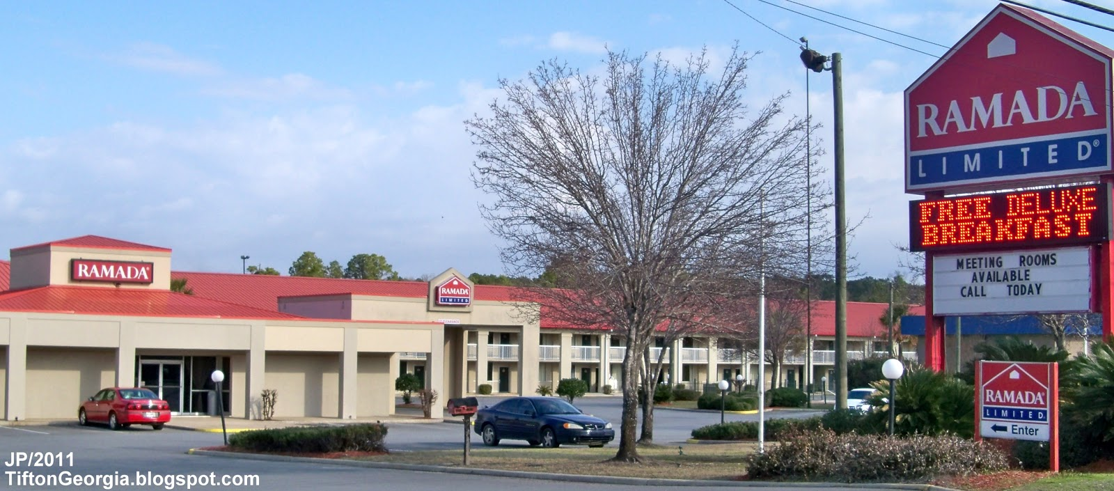 Ramada Limited Hotel Tifton Georgia Us Highway 82 W Inn Lodging Ga