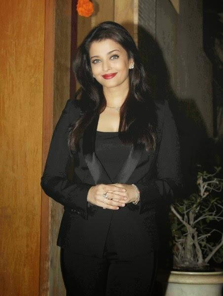 Aishwarya Rai Bachchan Birthday Celebration