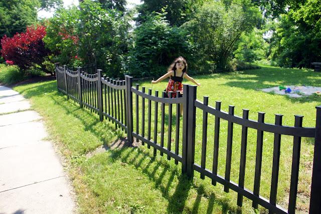 Grosgrain pretty fencing for renters